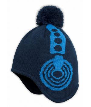 Синяя шапка с подкладом для мальчика